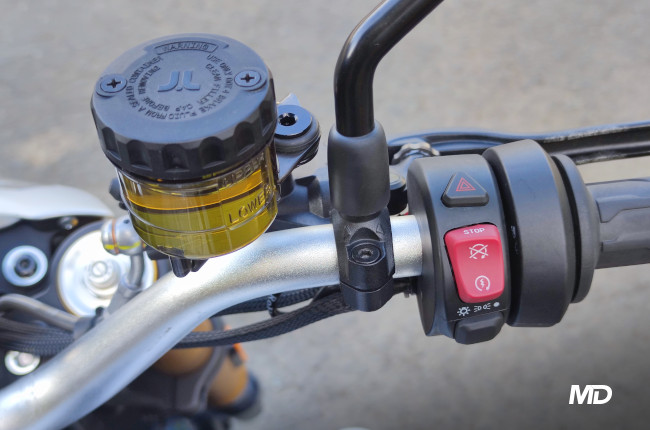 2021 700 CL-X Philippines front brake master