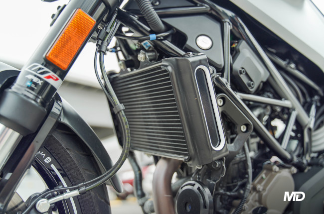 2021 Husqvarna Vitpilen 401 Radiator