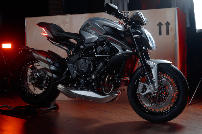 2021 MV Agusta Brutale And Dragster Side Profile
