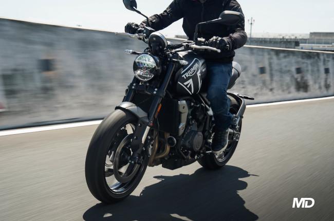 2021 Triumph Trident 660 Philippines riding