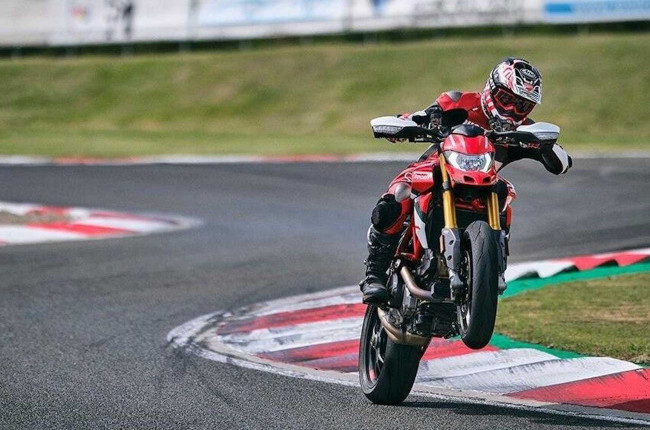 2022 Ducati Hypermotard SP