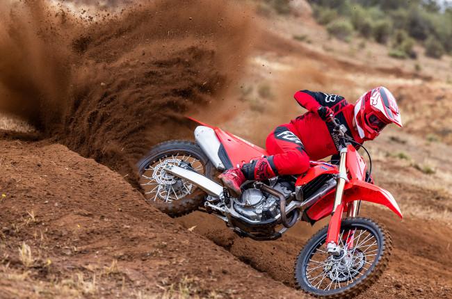 2022 Honda CRF250R Dirt Riding