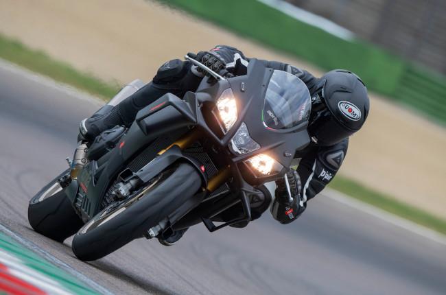 Aprilia RSV4 On Track