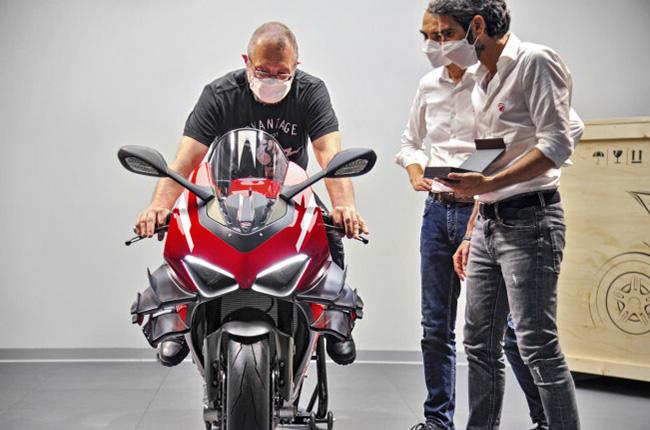 Ducati Superleggera V4 special factory tour