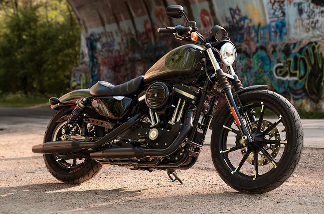 Here's why the Harley-Davidson Sportster 883 makes for the perfect first big bike