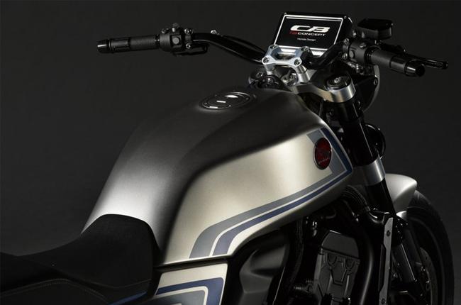Honda CB-F Cockpit