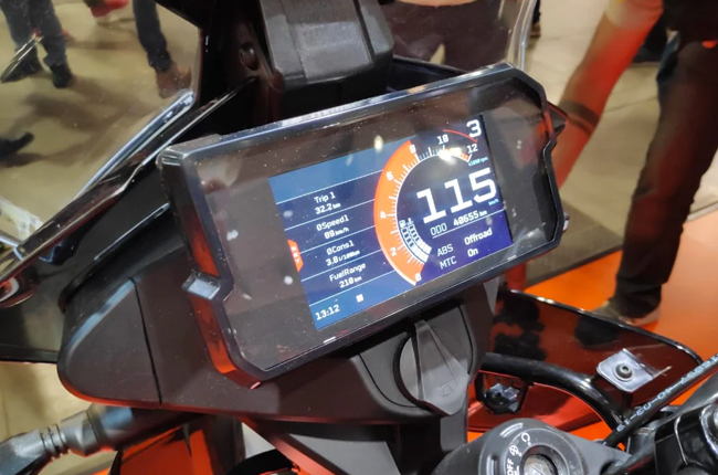 KTM 390 Adventure  TFT Display