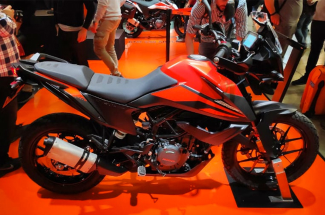 KTM Eicma Display
