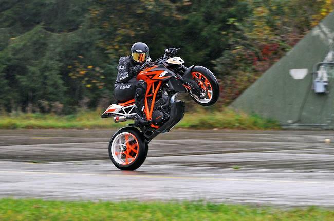 KTM Power Wheelie