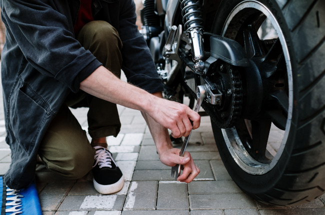 Motorcycle Axle Alignment