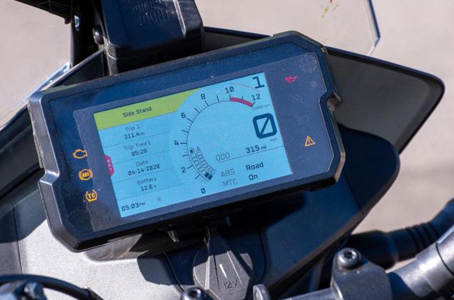 Motorcycle TFT gauge cluster display