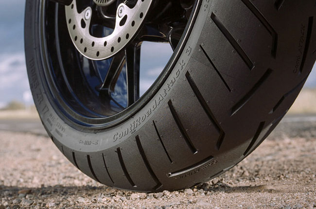 Motorcycle tire tread
