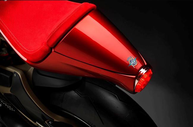 MV Agusta Super Veloce 800 Serie Oro Tail
