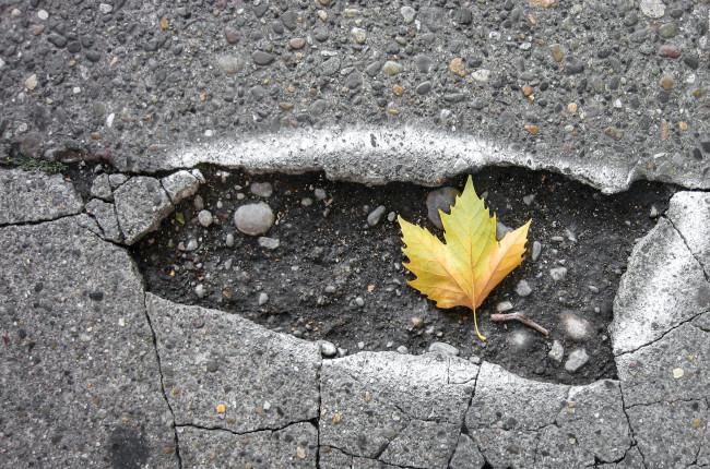 Road pothole