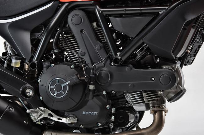 Scrambler Ducati Sixty2 Engine