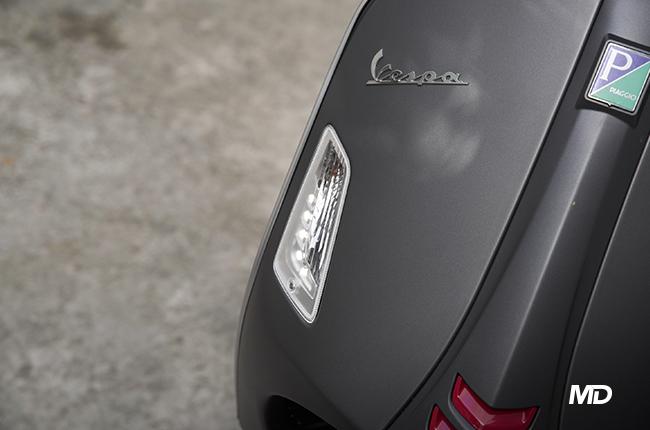 Vespa GTS 300 Super Sport DRL