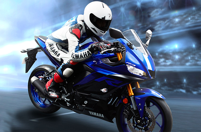 Yamaha R3 Straight