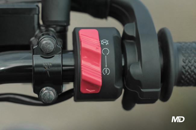 Yamaha XSR155 Philippines Starter and kill switch