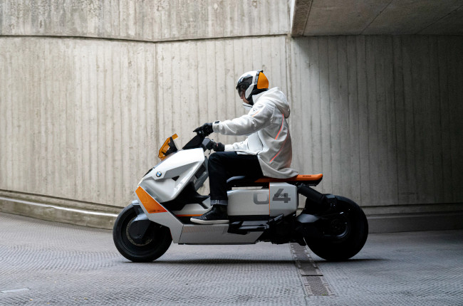 The BMW Definition CE-04 is the future of premium scooters