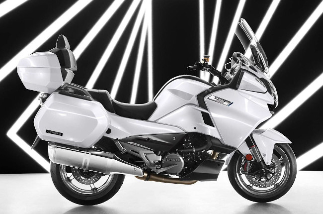 Would you pay P800,000 for the CFMOTO 1250 TR-G?