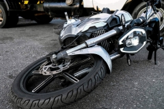 5 Causes your motorcycle could tip over