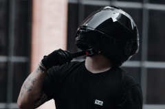 5 weird motorcyclist habits