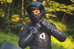"""Andromeda Moto launches NearX vegan """"leather"""" racing suit"""