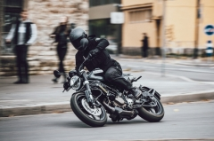 Top 5 best naked bikes with engines 300cc and below