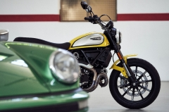 What makes the Ducati Scrambler Icon an excellent all-rounder?