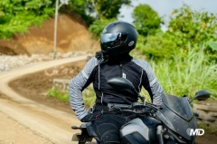 What to wear while riding a motorcycle