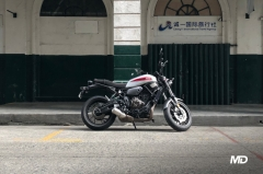 Yamaha XSR700 Side